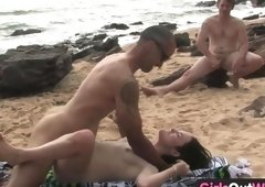 Hotty screwing a stranger at the beach with desire HD
