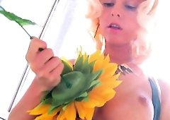 Enema worshipping flowerbabe analsquirts milk